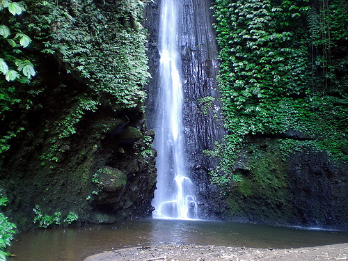 Air Terjun Jeruk Manis